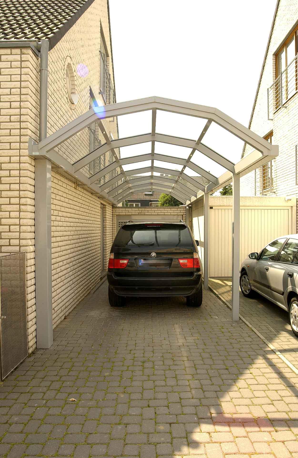 Überdachung mit Segmentbogendach in Pulheim (Objekt 862).