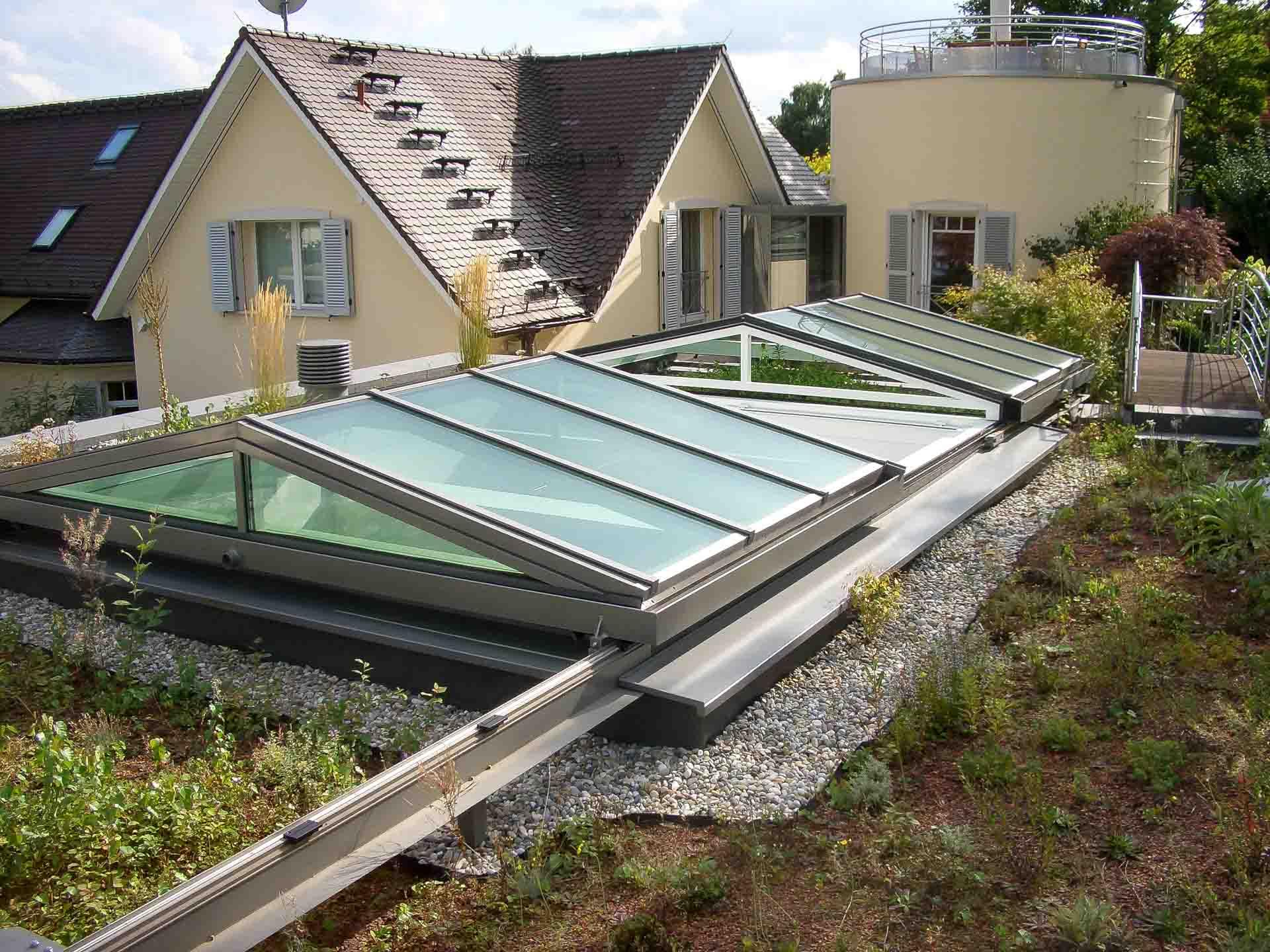 Cabrio Schiebedach in Königstein (Objekt 1058). Innovative Technologie - das bewegliche Glasdach schafft freie Aussicht