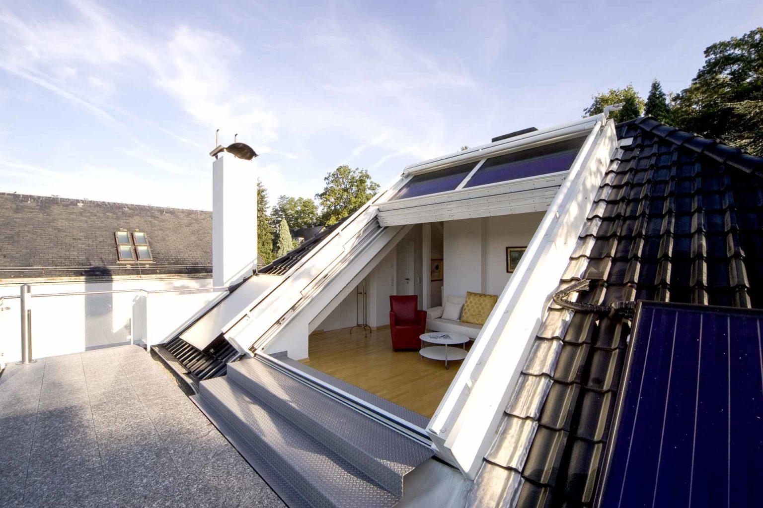 4 teiliges OpenAir-Dachschiebefenster in Saarbrücken (Objekt 94. 4-teiliges OpenAir-Dachschiebefenster stufenlos, elektrisch in beliebige Positionen verfahrbar