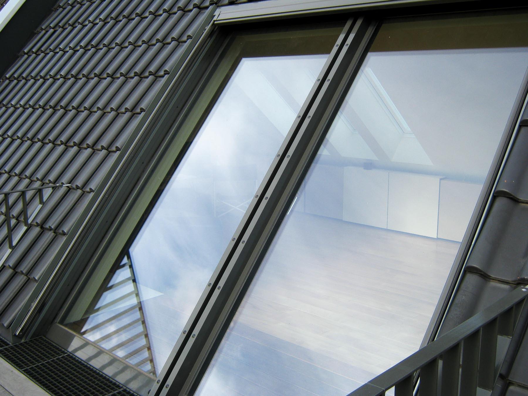Panorma Dachschiebefenster in Krefeld (Objekt 1106). 4 teiliges Panorma Dachschiebefenster (Typ AH) mit Einschubtaschen