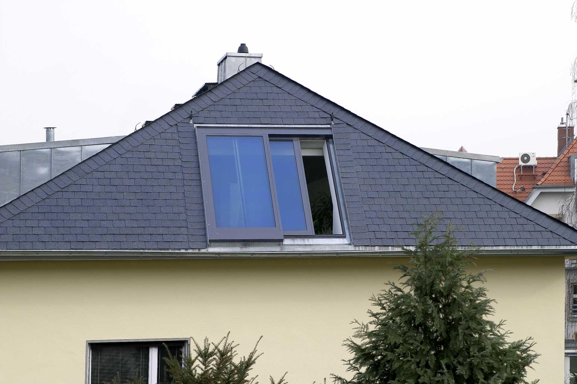 2 teiliges Panorama Dachschiebefenster in Frankfurt (Objekt 923).