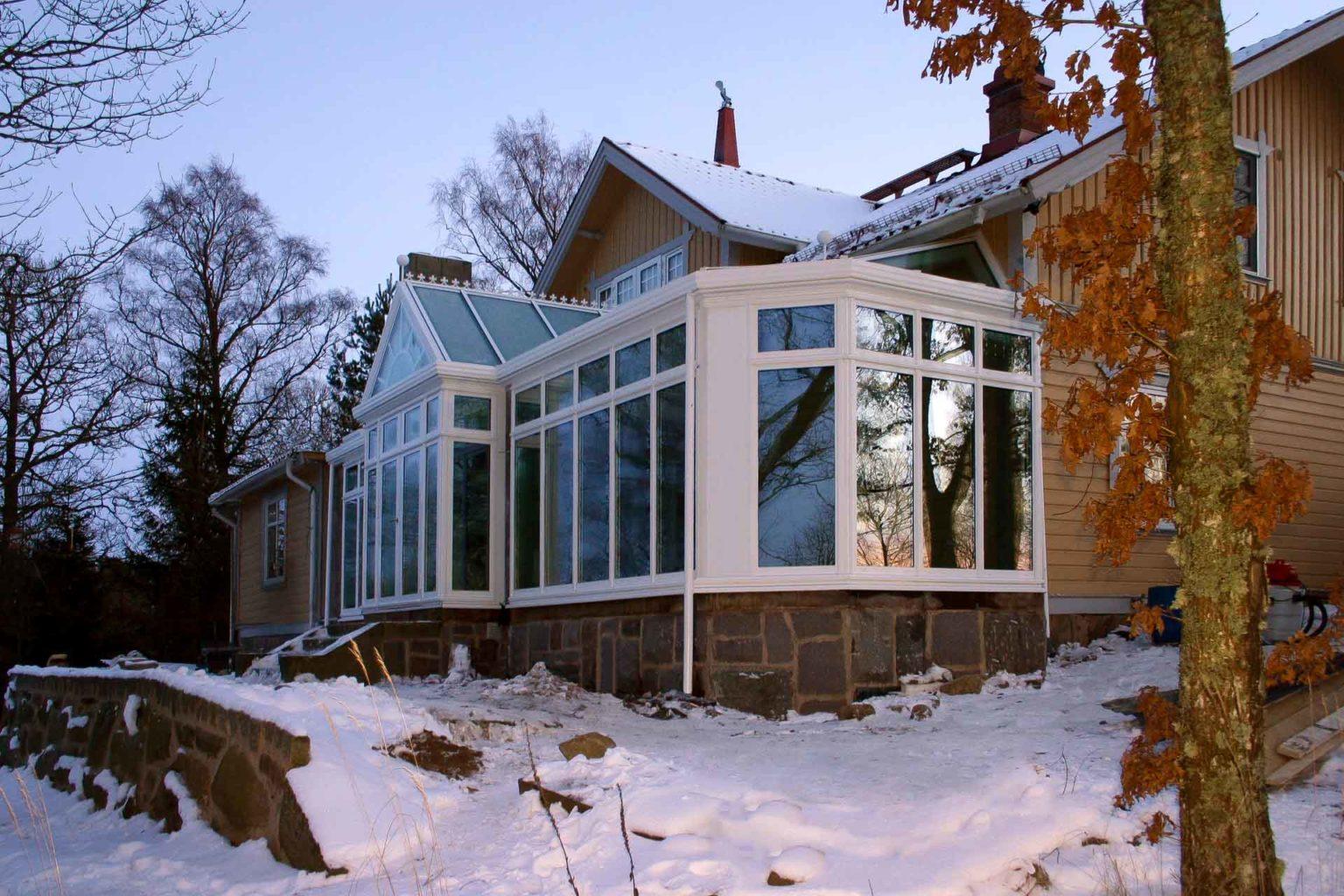 DecoArt Wintergarten in Gustavsberg (Schweden) (Objekt 1075). Zeitgemäße Wintergartentechnik in historischer Gestaltung