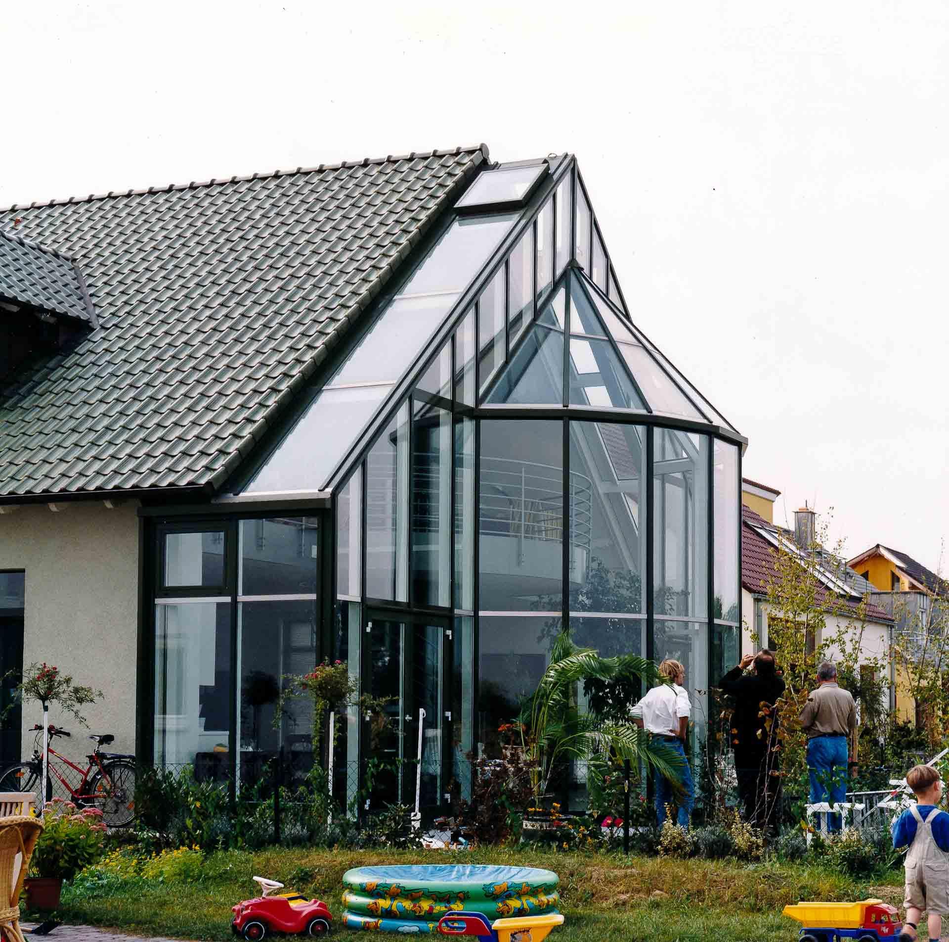 Leben im Licht – dank filigraner Glasarchitektur