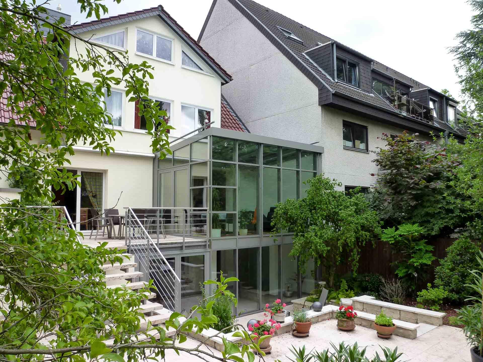 FineArt Wintergarten in Düsseldorf (Objekt 1103). Feine, schlanke Profilansichten und geschickte Linienführung verleihen dem Wintergarten zeitlose Eleganz