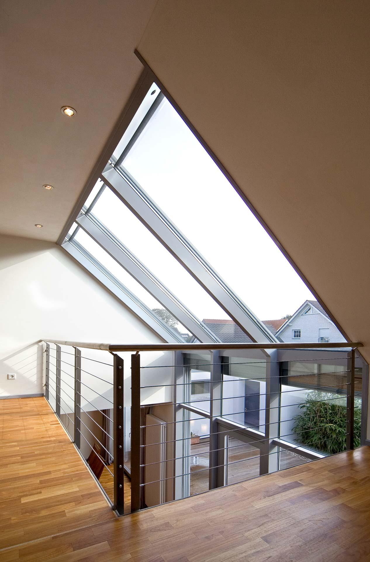 Wintergarten in Neuenkirchen (Objekt 955). Lichtdach und Wandverglasung holen die Natur ins Haus