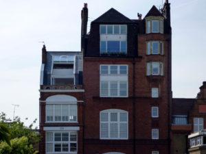4-teiliges OpenAir Dachschiebefenster in London (Objekt 1069). OpenAir Dachfenster geöffnet