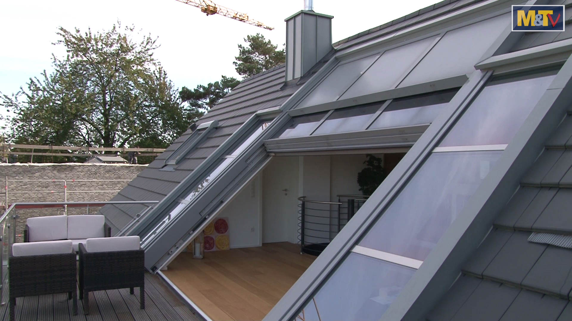 OpenAir sliding roof in Bonn (object 1074). 4-part OpenAir roof sliding window