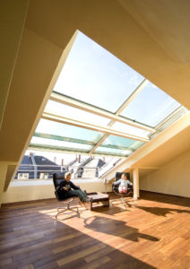 4-part open-air sliding roof window in Frankfurt (object 948). Feeling at home above the roofs of Frankfurt