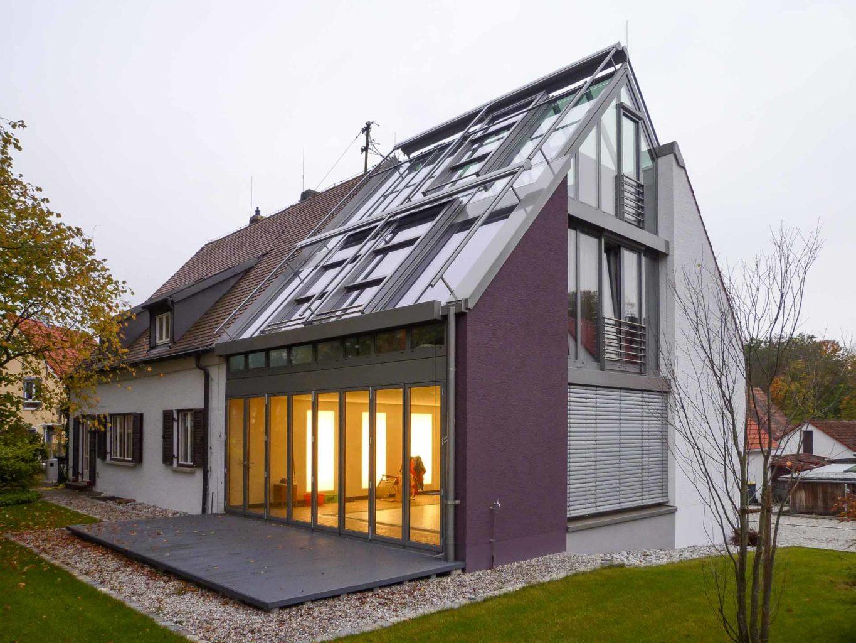 OpenAir Dachschiebefenster in Haimhausen (Objekt 1077). 3-geschossiger Wintergarten mit OpenAir-SV-Dachschiebefenstern