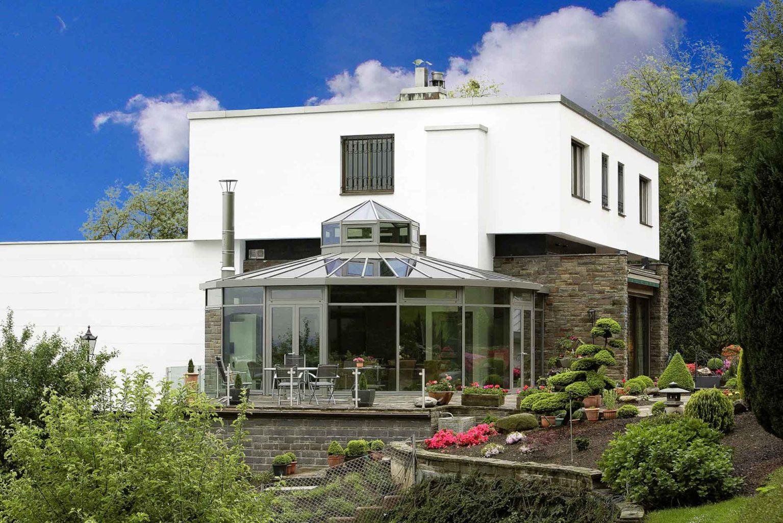 Wintergarten in Bonn (Objekt 999). Dieser Glas-Gartenpavillon bietet ausreichend Platz für gesellige Zusmmenkünfte mit Famlie und Freunden
