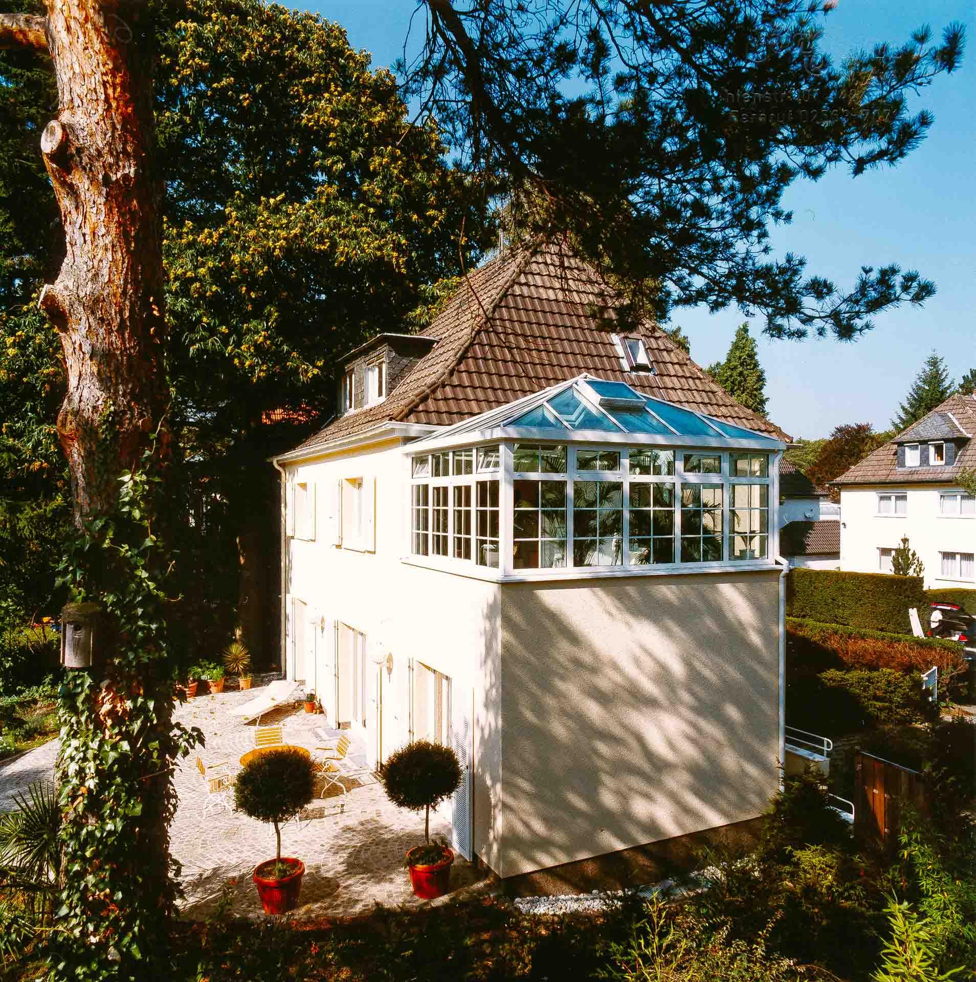 Geschützte Dachterrasse