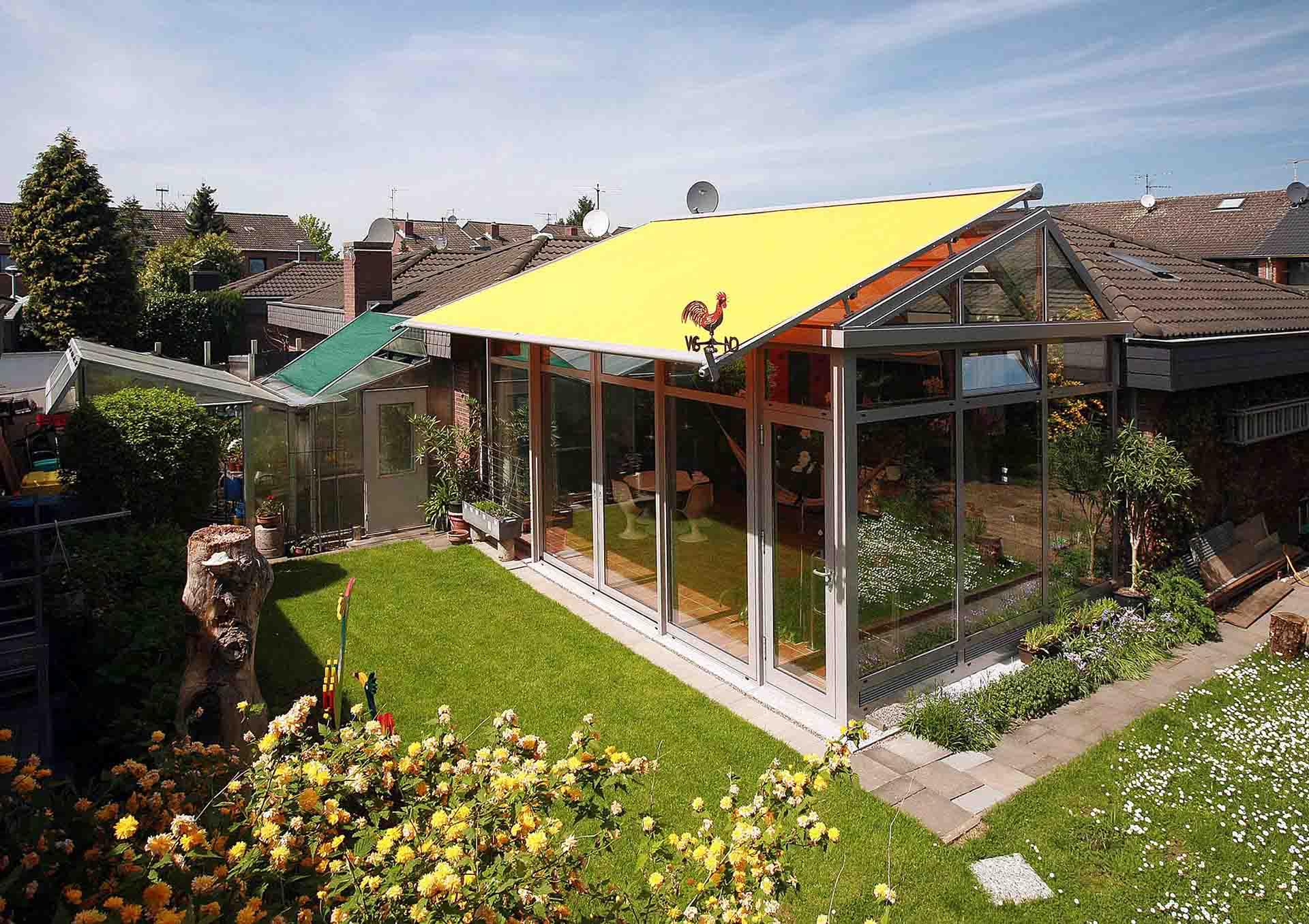 Wintergarten im Sommer: Ohne Sonnenschutz geht es nicht